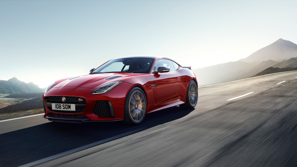 Jaguar F-Type 4