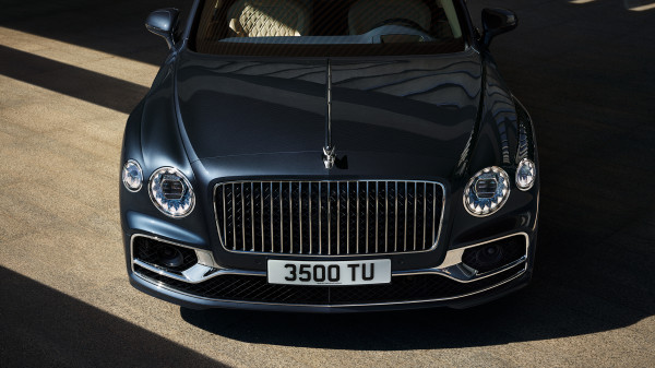 The new Bentley Flying Spur 2