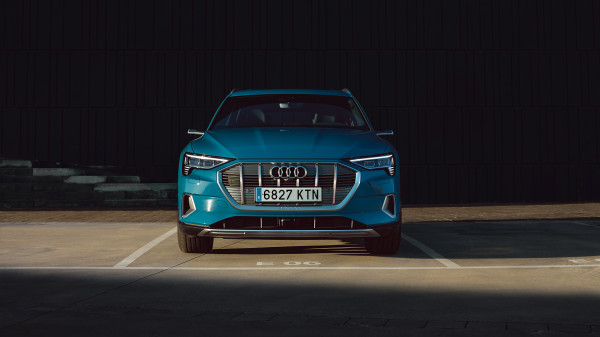 Audi E-Tron urban summer spread 4