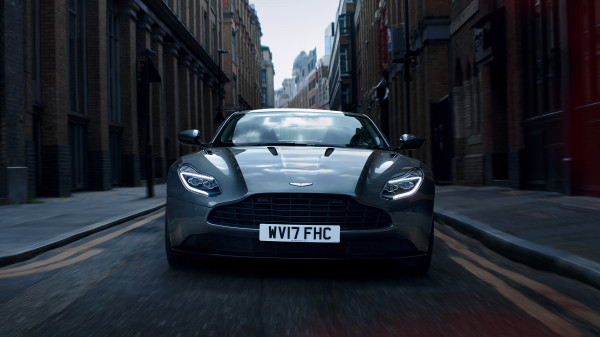Aston Martin DB11 London 3